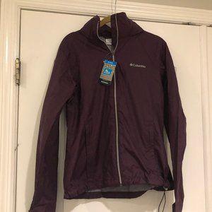 NEW! Columbia Black🍒 Rain Jacket